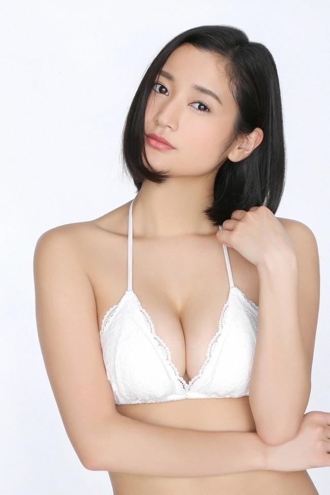 出口亜梨沙 Gカップ グラビア画像 (36)