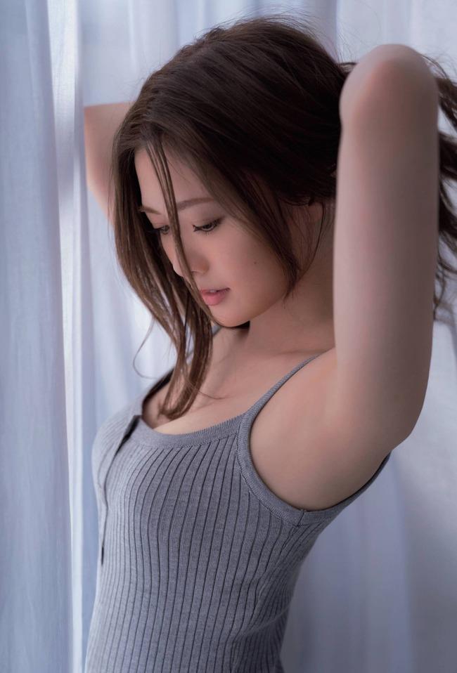 白石麻衣 かわいい グラビア画像 (21)