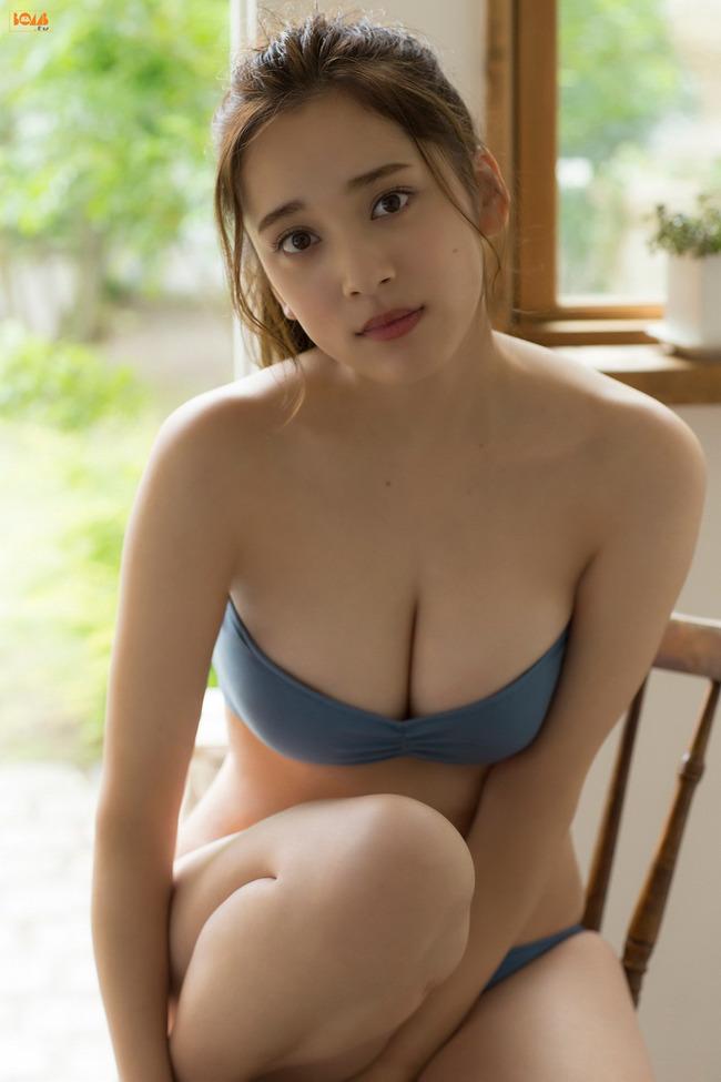 都丸紗也華 Fカップ グラビア画像 (23)