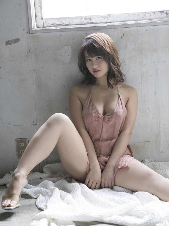 平嶋夏海 F乳 グラビア (14)