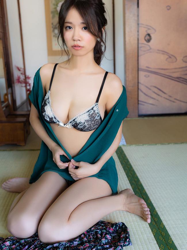 菜乃花 Iカップ 巨乳 (10)