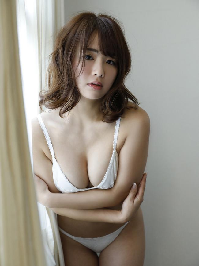 平嶋夏海 F乳 グラビア (30)