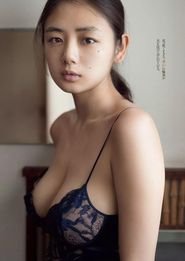 片山萌美 Gカップ 巨乳 (1)