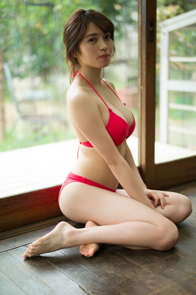 MIYU 巨乳 グラビア (16)