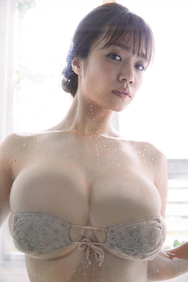 菜乃花 巨乳 グラビア画像 (4)