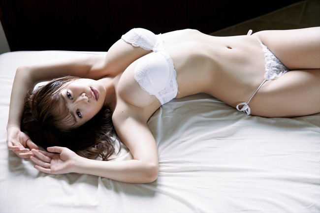 菜乃花 Iカップ 巨乳 (3)