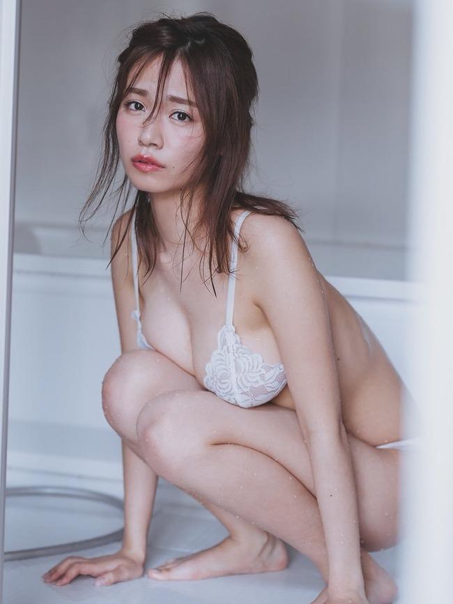 菜乃花 巨乳 グラビア (11)