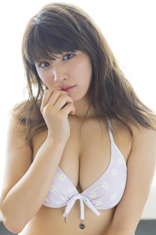 久松郁実 グラビア (9)