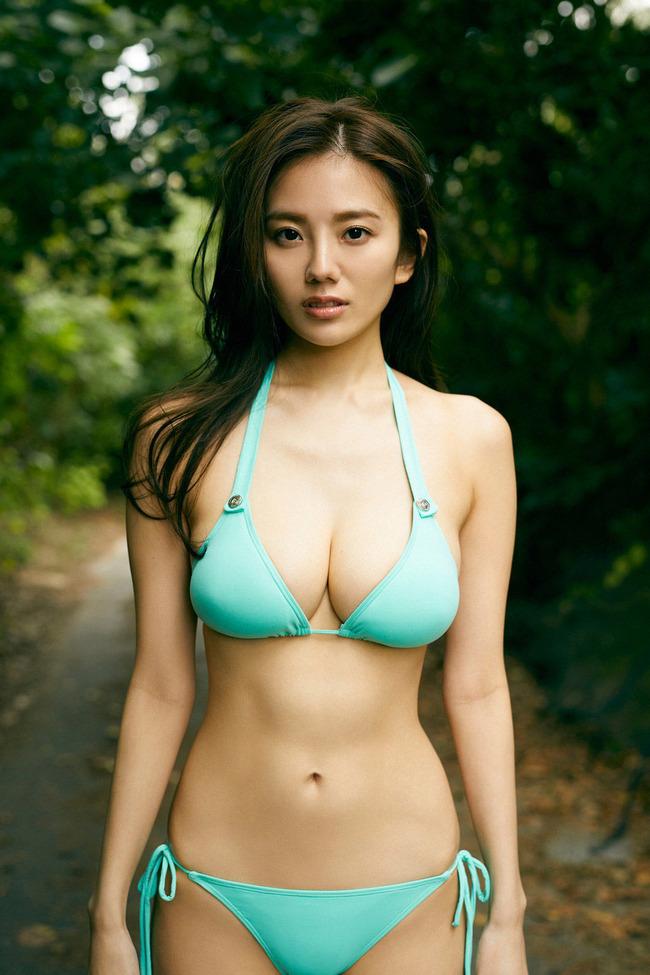 伊東紗冶子 巨乳 エロ画像 (17)
