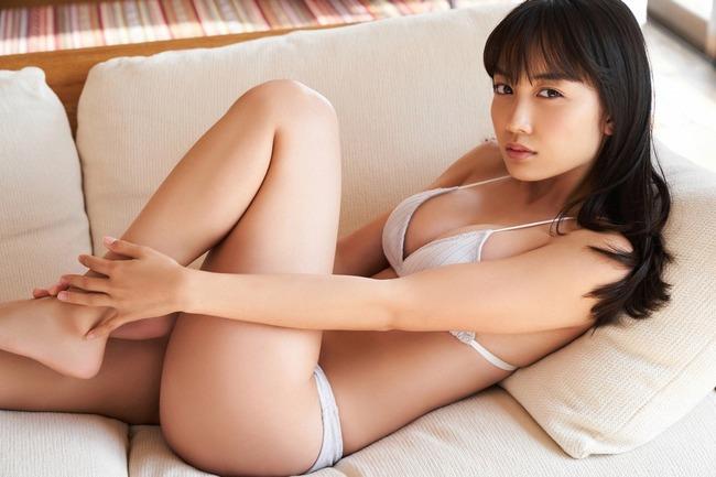 黒木ひかり グラビア (16)