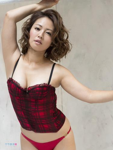 isoyama_sayaka (53)