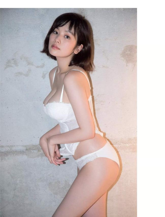 筧美和子 垂れ乳 エロい (3)