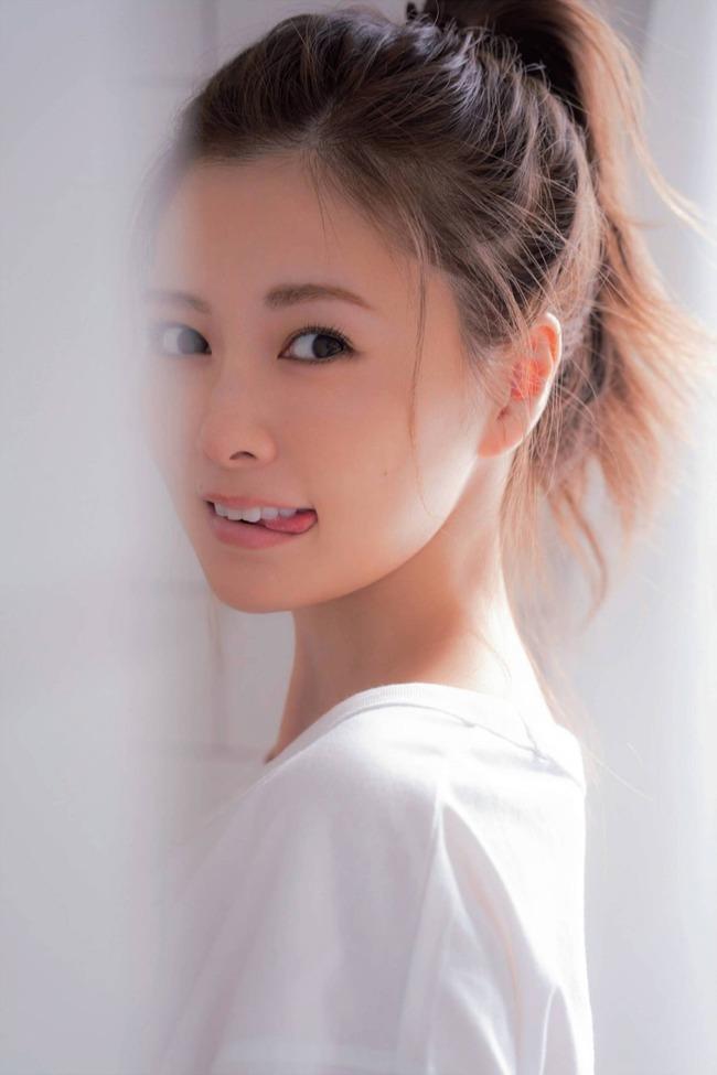 白石麻衣 かわいい グラビア画像 (14)