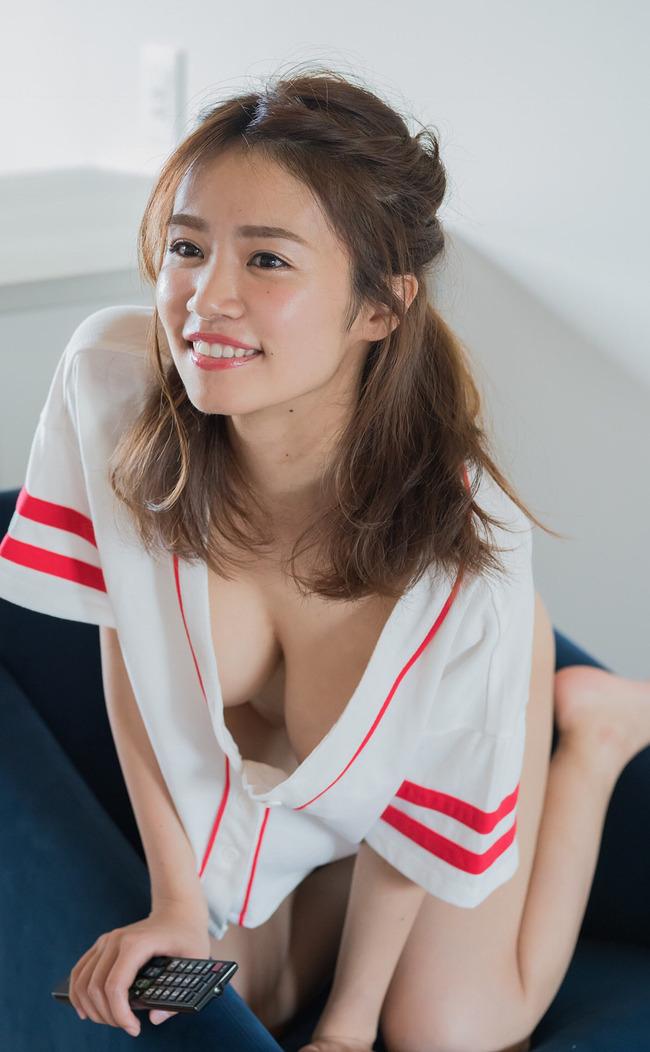 菜乃花 巨乳 グラビア (17)