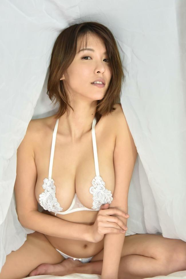 奈月セナ 巨乳 エロ画像 (12)