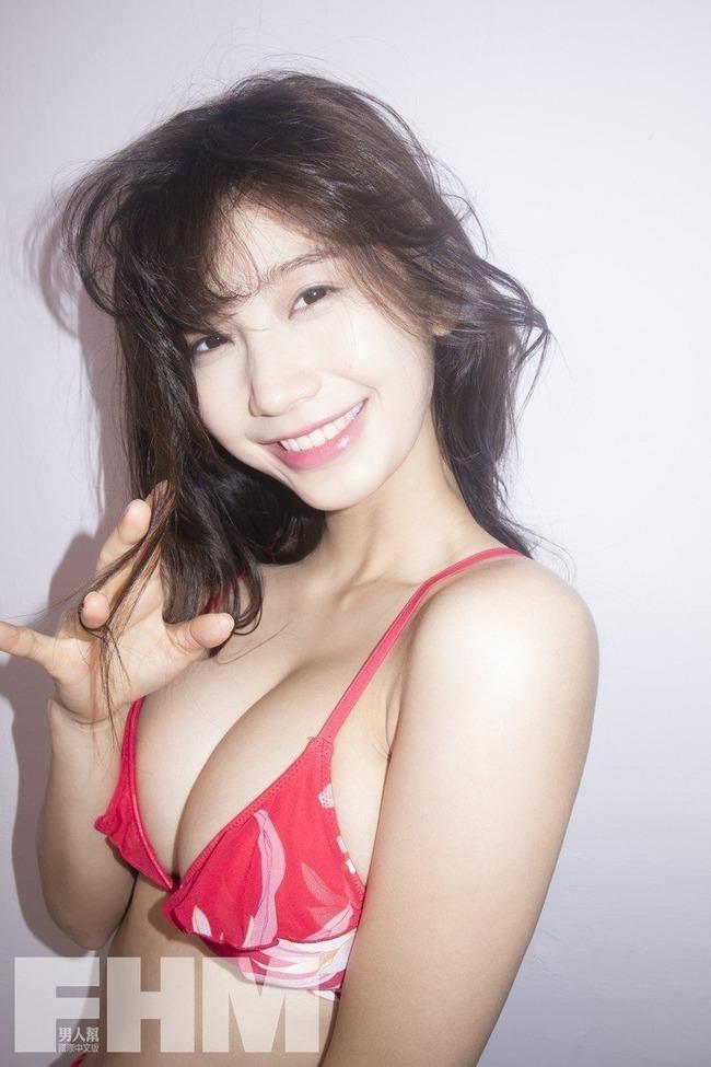 小倉優香 巨乳 エロい (3)