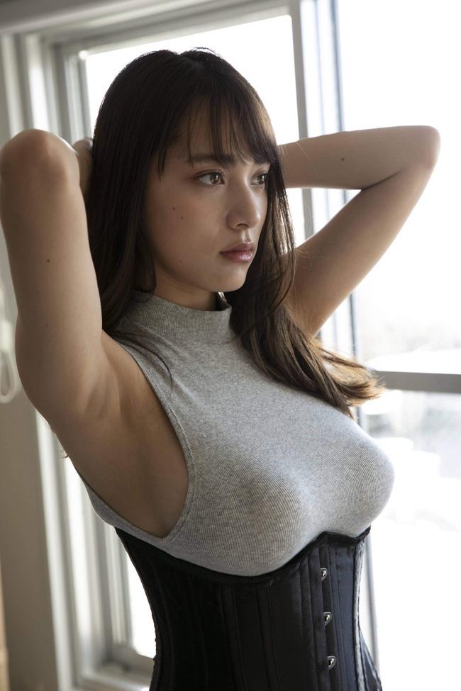 都丸紗也華 グラビア (20)