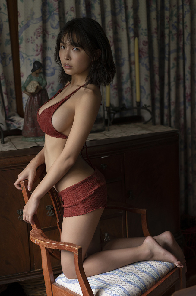 寺本莉緒 Gカップ グラビア画像 (10)