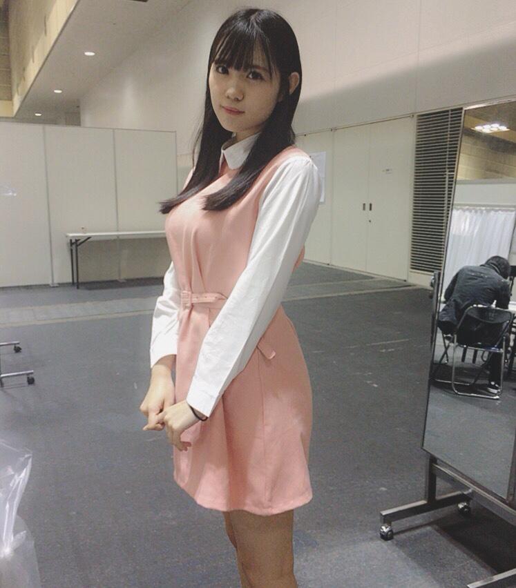隠せないほどのデカパイを持つたぬき顔アイドル 田中優香のオフショット素晴らしい(*´▽`*)ww×44P 表紙