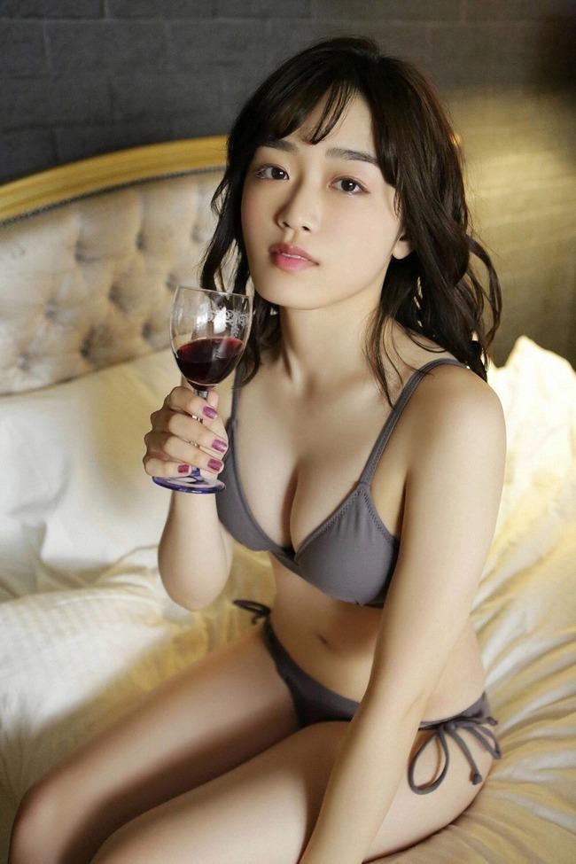 清水綾乃 グラビア (5)