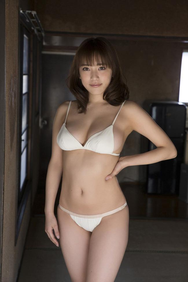 都丸紗也華 Fカップ グラビア画像 (21)