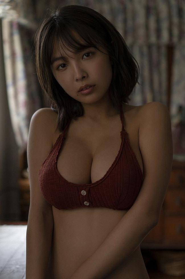 寺本莉緒 グラビア (17)