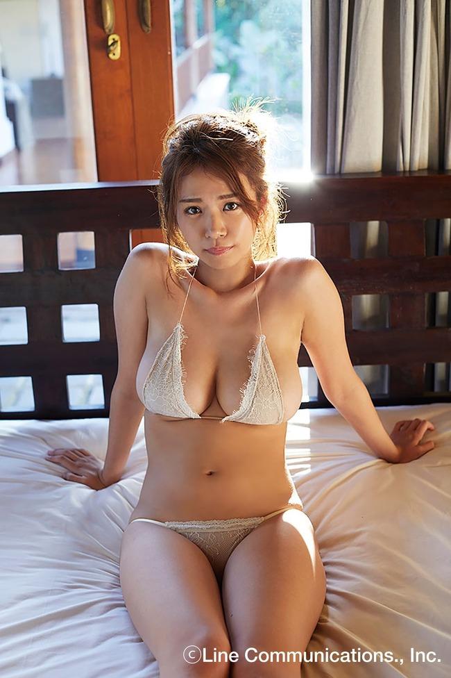 菜乃花 巨乳 グラビア画像 (34)