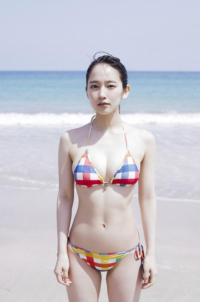 吉岡里帆 かわいい グラビア画像 (21)