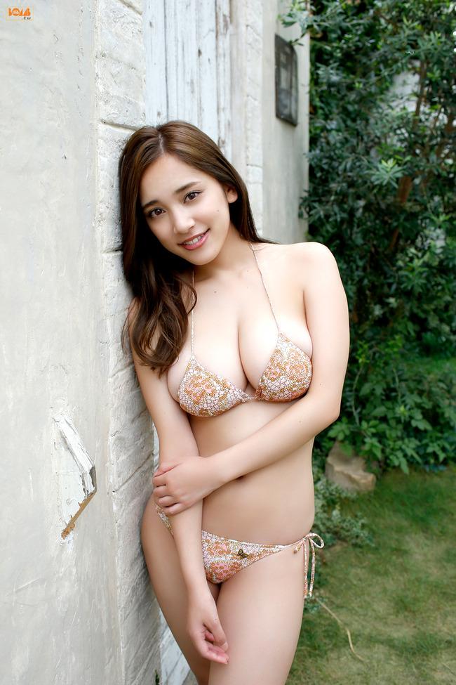 都丸紗也華 巨乳 グラビア画像 (33)