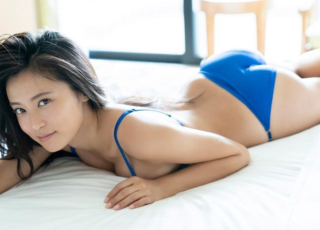 小島瑠璃子 グラビア (28)