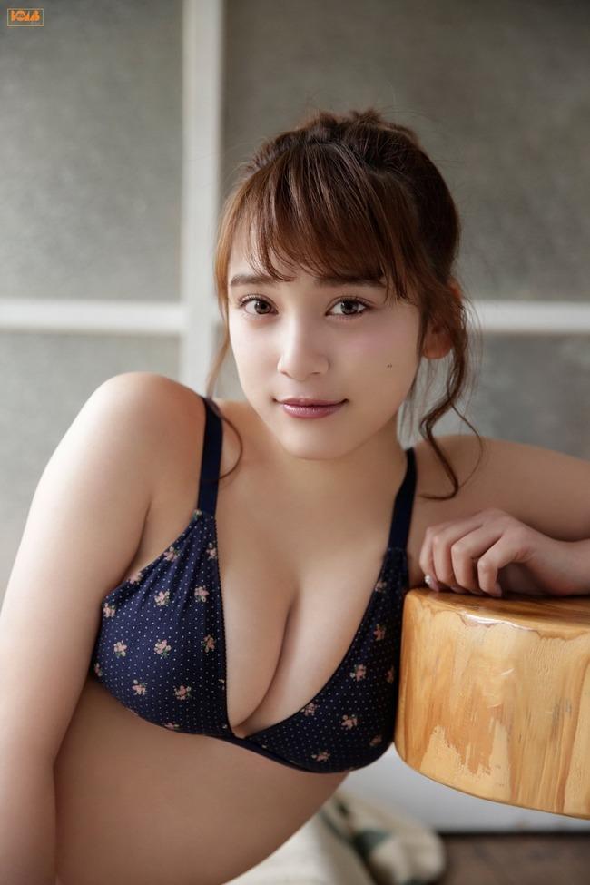 都丸紗也華 グラビア (43)