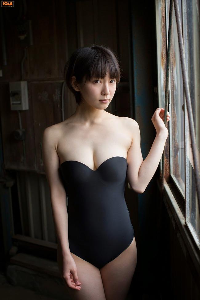 吉岡里帆 かわいい グラビア画像 (14)