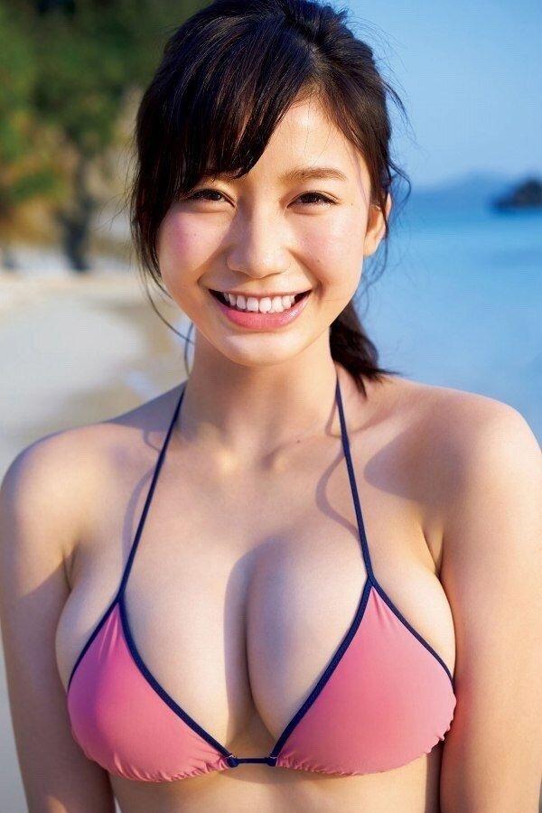 小倉優香 巨乳 エロい (24)