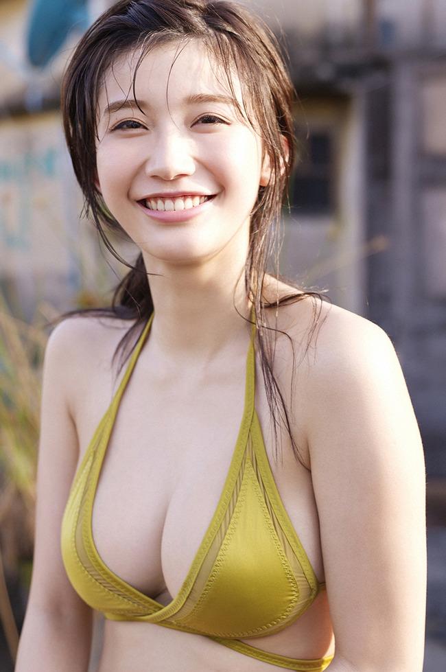 小倉優香 巨乳 エロい (27)