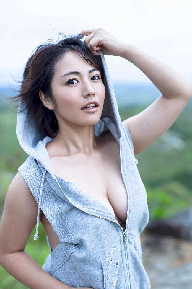 isoyama_sayaka (10)