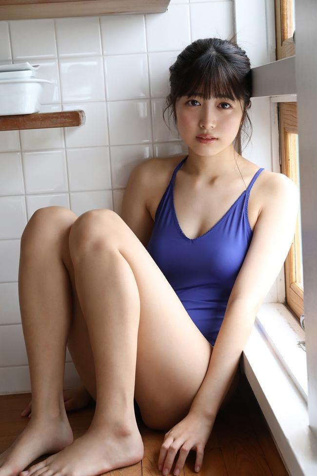吉田莉桜 グラビア (10)