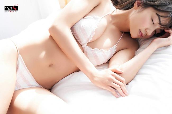 黒木ひかり 美乳 黒髪 グラビア (14)