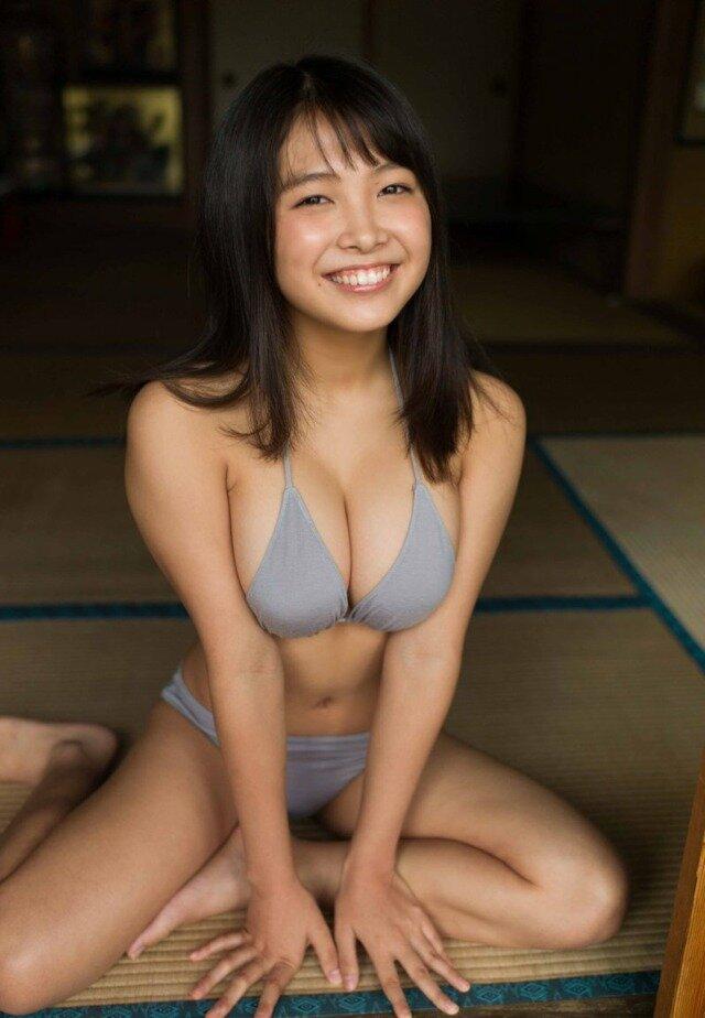 寺本莉緒 Gカップ グラビア画像 (9)