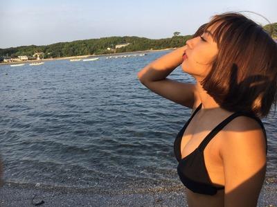 太陽の日差しをたっぷり浴びる牧野紗弓