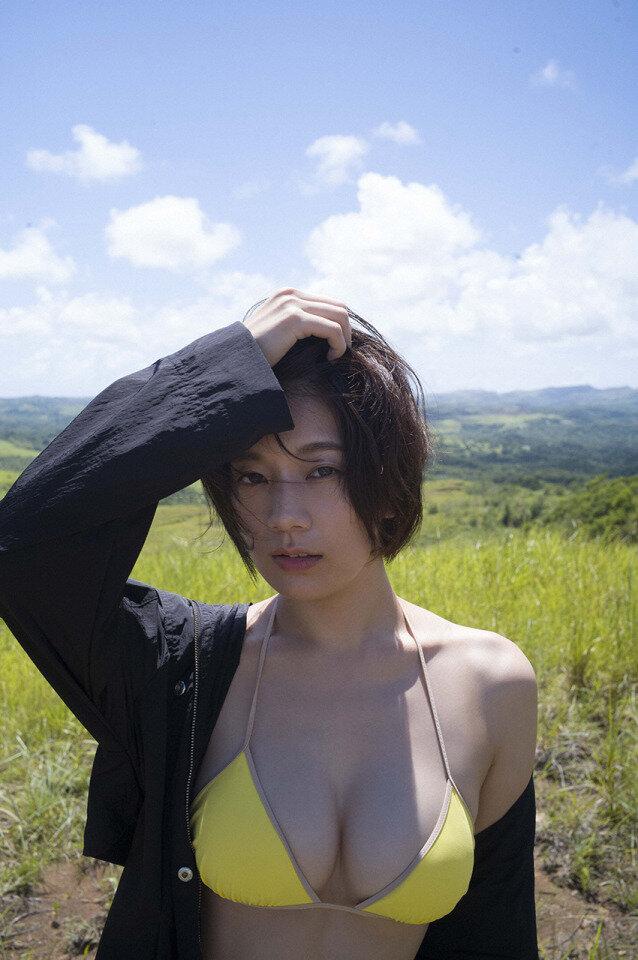 佐藤美希 巨乳 グラビア画像 (34)