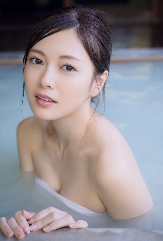 白石麻衣 かわいい グラビア画像 (1)