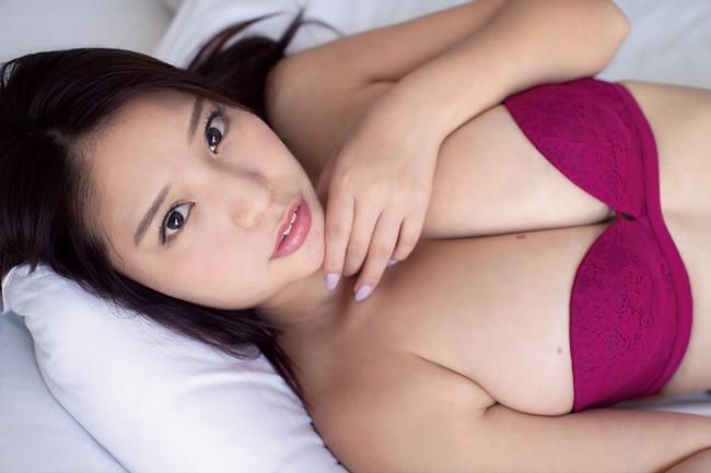 久松かおり Hカップ グラビア画像 (3)
