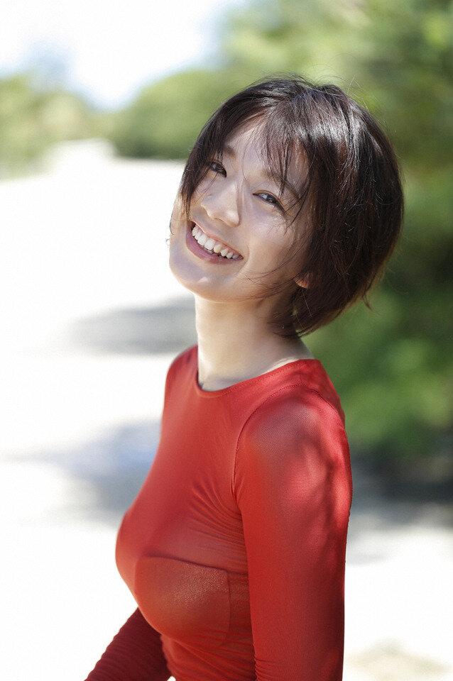 佐藤美希 巨乳 グラビア画像 (31)