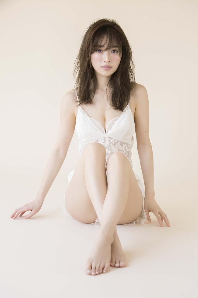 泉里香 グラビア (28)