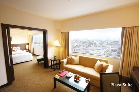 2 Plaza Suite - Ramada Plaza Menam Riverside Bangkok