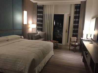 フォーポイントホテル部屋