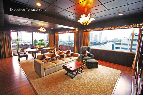 1 Executive Terrace Suite - Ramada Plaza Menam Riverside Bangkok