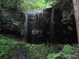 裏見の滝の表面