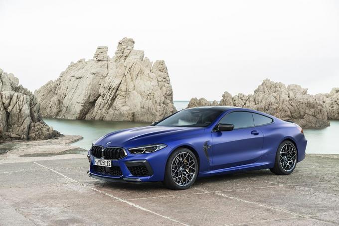 ラグジュアリーと高性能の融合! 600馬力オーバーのハイパワークーペ「BMW M8」登場
