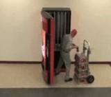 動画:ドッキリ -無制限に出てくるコカコーラ- [おもしろ]